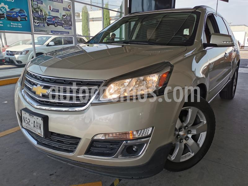 Chevrolet Traverse LT usado (2016) color Champagne precio $390,000