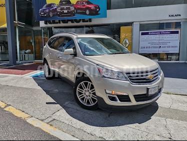 Chevrolet Traverse Paq B usado (2013) color Dorado precio $210,000