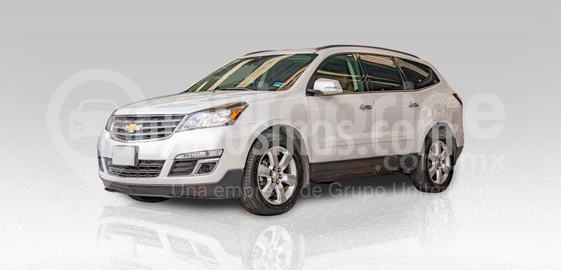 Chevrolet Traverse LT 7 Pasajeros usado (2017) color Blanco precio $360,000