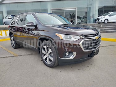 Chevrolet Traverse LT 8 Pasajeros nuevo color Rojo precio $840,200