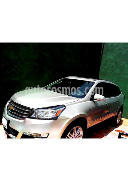 Chevrolet Traverse LT Piel usado (2014) color Plata precio $305,000