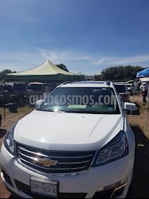 Chevrolet Traverse Paq B usado (2017) color Blanco precio $350,000