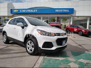 Foto venta Auto usado Chevrolet Trax LS (2017) color Blanco Galaxia precio $225,000