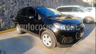 Foto venta Auto usado Chevrolet Trax LS (2017) color Negro Onix precio $234,900