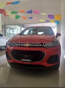 Foto venta Auto Seminuevo Chevrolet Trax LS (2018) color Rojo Lava