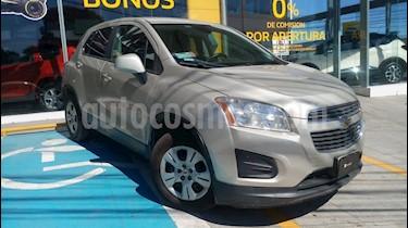Foto venta Auto Seminuevo Chevrolet Trax LS (2015) color Acero precio $175,000