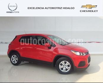 Foto venta Auto usado Chevrolet Trax LS (2017) color Rojo precio $240,000