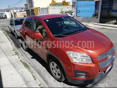 Foto venta Auto usado Chevrolet Trax LS (2015) color Naranja precio $165,000