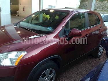 Foto venta Auto Seminuevo Chevrolet Trax LS (2016) color Rojo precio $197,000