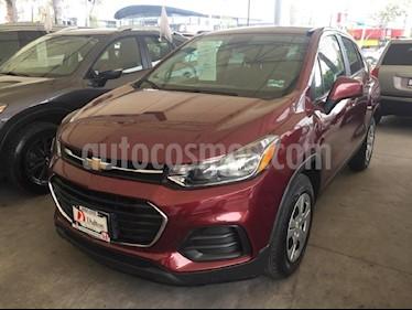 Foto venta Auto Seminuevo Chevrolet Trax LS (2017) color Rojo precio $228,000