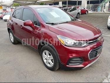 Foto venta Auto usado Chevrolet Trax LT Aut (2017) color Rojo Tinto precio $239,000