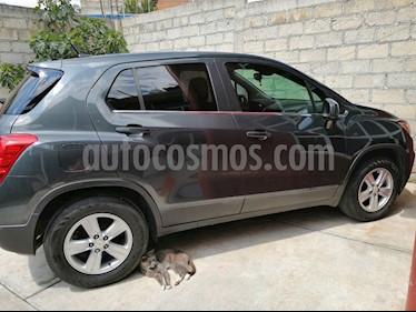 Foto venta Auto usado Chevrolet Trax LT Aut (2017) color Gris Metalico precio $223,000