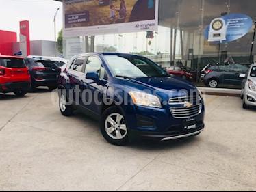 Foto venta Auto usado Chevrolet Trax LT Aut (2016) color Azul Oscuro precio $230,000