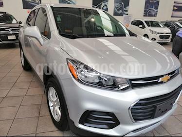Foto venta Auto usado Chevrolet Trax LT Aut (2017) color Plata Brillante precio $285,000