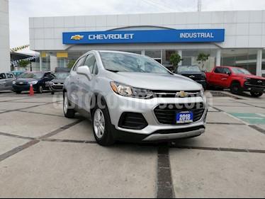Foto venta Auto usado Chevrolet Trax LT Aut (2018) color Plata precio $275,000