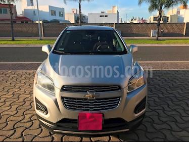 Foto venta Auto usado Chevrolet Trax LT Aut (2015) color Plata Brillante precio $198,000