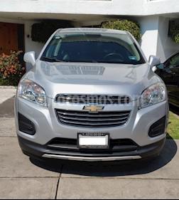 Foto venta Auto usado Chevrolet Trax LT Aut (2016) color Plata precio $220,000