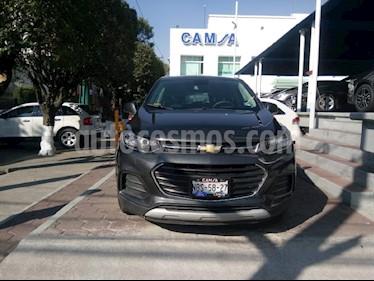 Foto venta Auto usado Chevrolet Trax LT (2017) color Gris precio $255,900