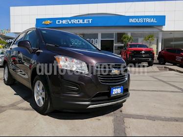 Foto Chevrolet Trax LT usado (2016) color Amatista Metalizado precio $225,000