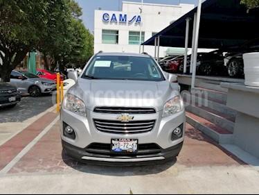 Foto venta Auto usado Chevrolet Trax LTZ (2017) color Plata precio $265,900