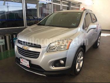 Foto venta Auto usado Chevrolet Trax LTZ (2016) color Plata precio $275,000