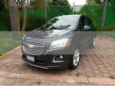 Foto venta Auto usado Chevrolet Trax LTZ (2016) color Gris precio $247,000