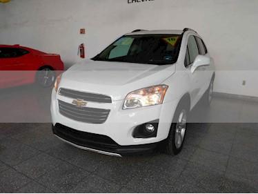 Foto venta Auto usado Chevrolet Trax LTZ (2016) color Blanco precio $239,000