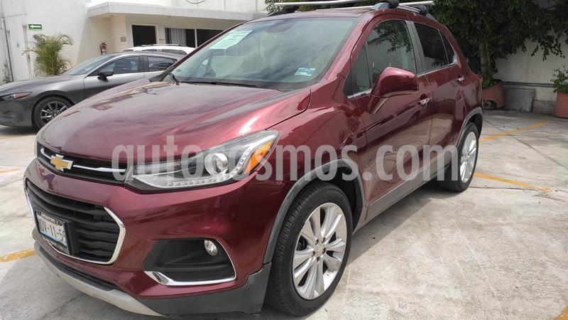 Chevrolet Trax LTZ usado (2017) color Rojo Tinto precio $209,900