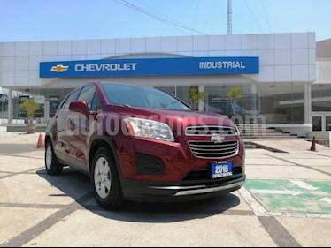 Chevrolet Trax LT Aut usado (2016) color Rojo Tinto precio $249,000