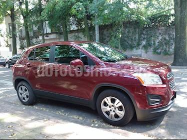 Chevrolet Trax LS usado (2015) color Rojo Tinto precio $185,000