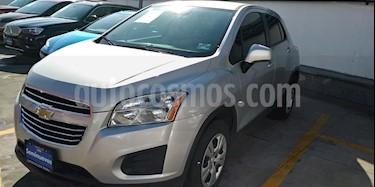 Chevrolet Trax LS usado (2016) color Plata Brillante precio $209,000