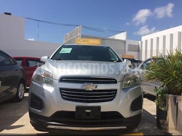 Foto venta Auto usado Chevrolet Trax PAQ B LT (2016) color Plata Brillante precio $240,000
