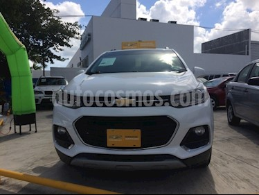 Foto venta Auto Seminuevo Chevrolet Trax PAQ C PREMIER (2017) color Blanco Galaxia precio $305,000