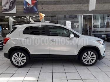 Foto venta Auto usado Chevrolet Trax Premier (2018) color Plata Brillante precio $335,500