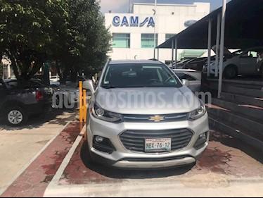 Foto venta Auto Seminuevo Chevrolet Trax Premier (2017) color Plata precio $323,900