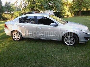 Foto venta Auto Usado Chevrolet Vectra 2.4 GLS (2010) color Gris precio $149.999