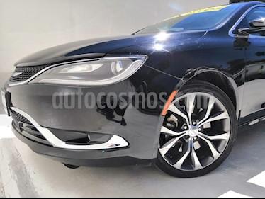 Chrysler 200 200C usado (2015) color Negro precio $210,000
