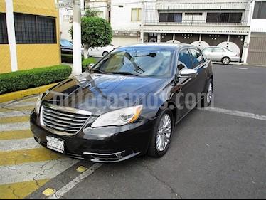 Foto venta Auto Seminuevo Chrysler 200 2.4L Limited (2012) color Negro Obsidiana precio $109,900