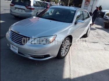 Foto venta Auto Seminuevo Chrysler 200 2.4L Touring (2012) color Plata precio $147,000