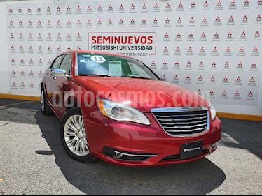 Chrysler 200 3.6L Limited usado (2012) color Rojo Cerezo precio $135,000
