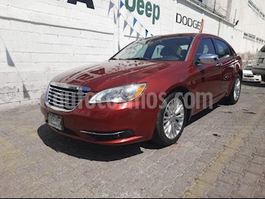 Chrysler 200 4P LIMITED 2.4L TA CD DVD GPS PIEL RA-18 usado (2012) color Rojo precio $170,000