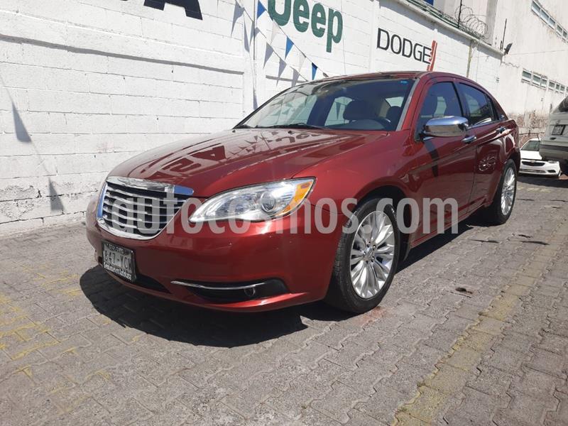 Chrysler 200 2.4L Limited usado (2012) color Rojo precio $145,000