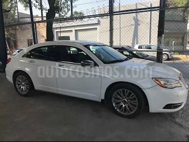 Chrysler 200 2.4L Limited usado (2014) color Blanco precio $148,000