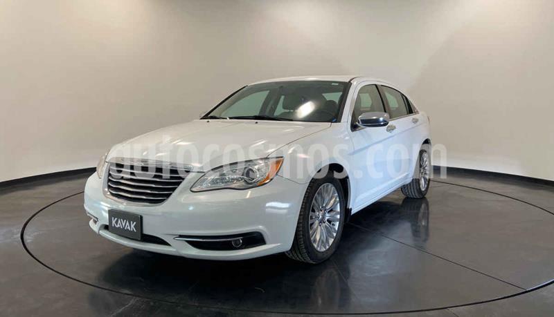 Chrysler 200 2.4L Limited usado (2014) color Blanco precio $154,999