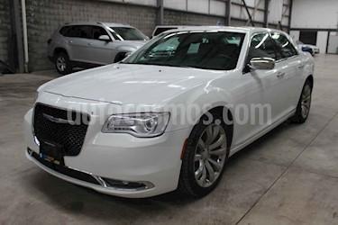 Chrysler 300 C Premium usado (2017) color Blanco precio $438,900