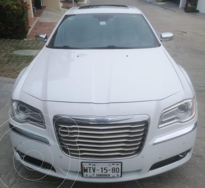 Chrysler 300 C 5.7L HEMI usado (2012) color Blanco precio $190,000