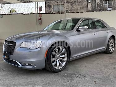 Chrysler 300 4p Hemi V8/5.7 Aut usado (2017) color Plata precio $352,900