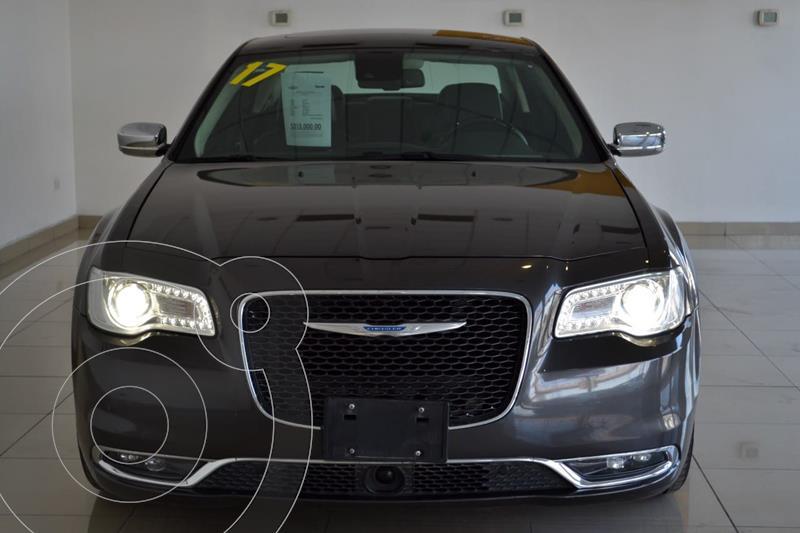 Foto Chrysler 300 C 3.6L Pentastar usado (2017) color Plata precio $350,000
