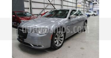 Chrysler 300 C 5.7L HEMI usado (2017) color Plata precio $329,900