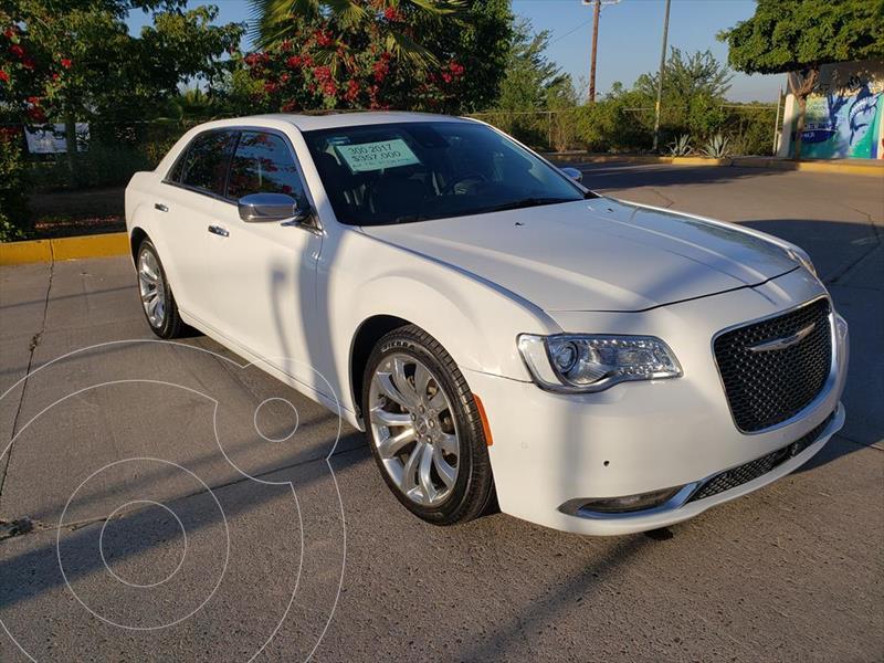 Chrysler 300 C 3.6L Pentastar usado (2017) color Blanco precio $357,000